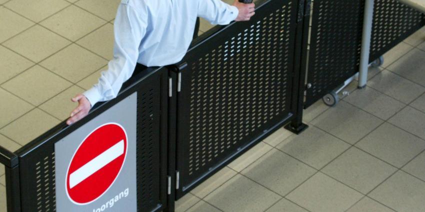 Beveiligers op Schiphol gaan actie voeren