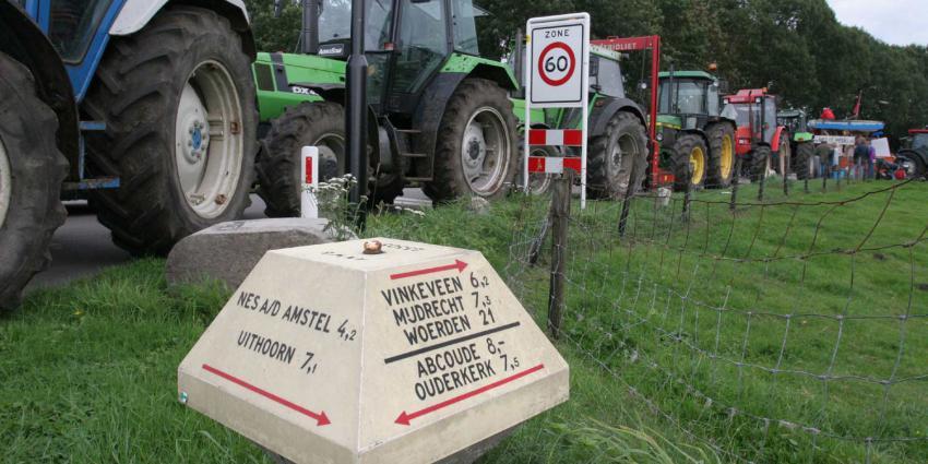 extra drukte, wegen, noord-holland. demonstrerende boeren, haarlem