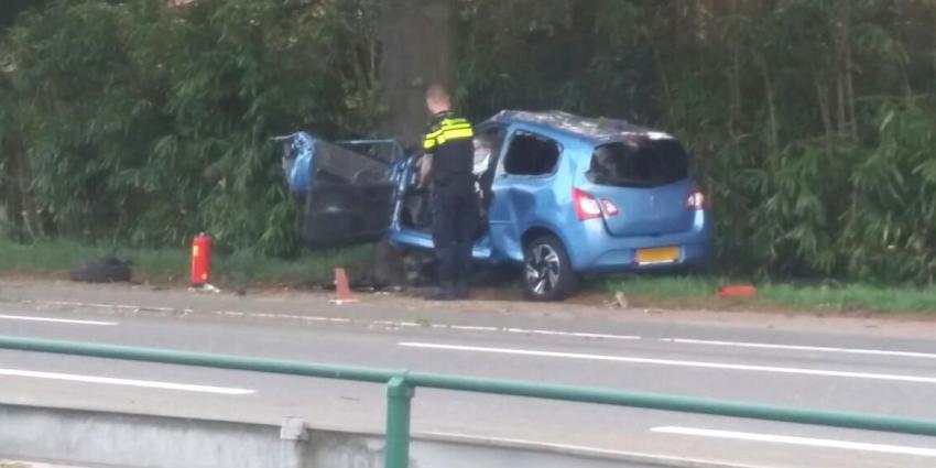 Dode na botsing auto in Bergeijk