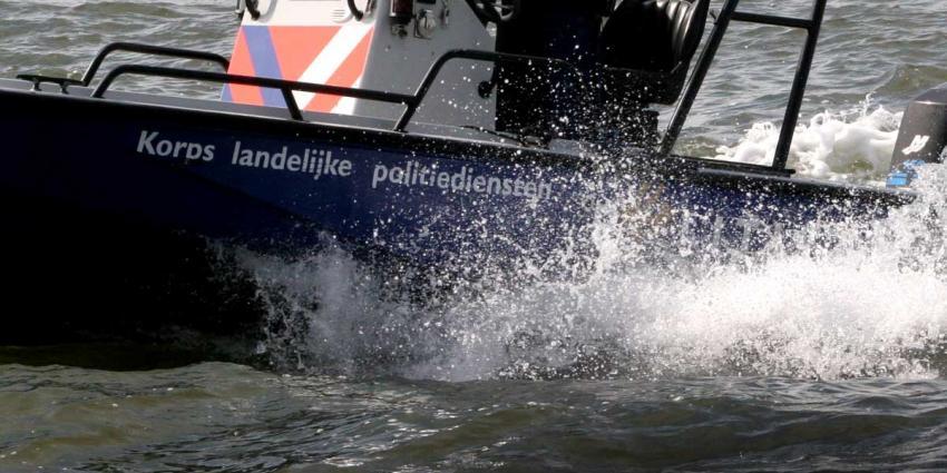 Vijf schippers op de bon voor varen onder invloed tijdens Skûtsjesilen in Grou