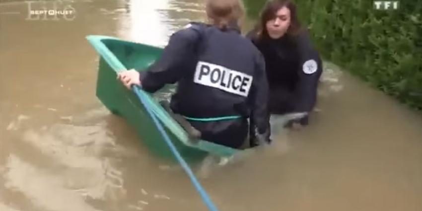 Stuntelende Franse politieagenten een heus kijkcijferkanon