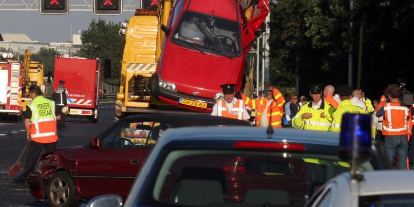 Kettingbotsing tussen 7 auto;s bij Oirschot