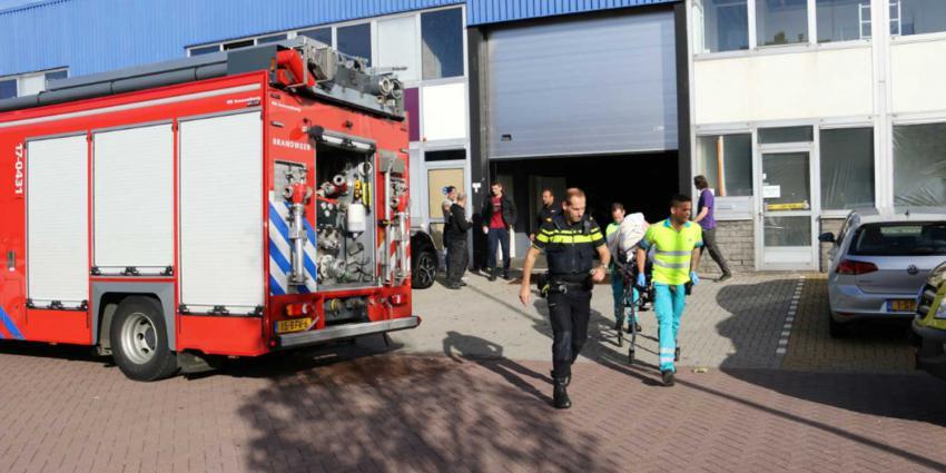 Grote inzet hulpdiensten voor ongeval in loods