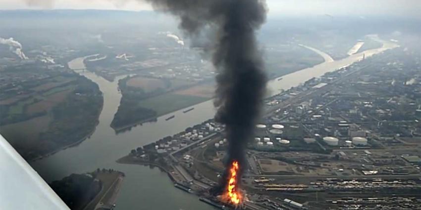 Gewonden en vermisten na explosie chemische fabriek Duitsland