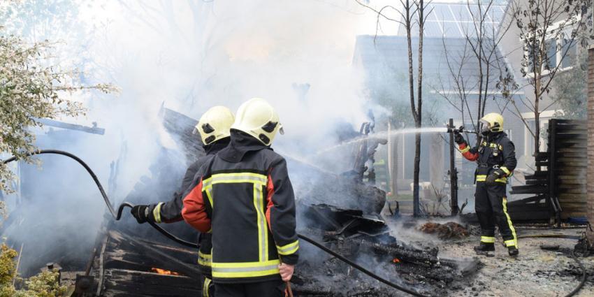 Schuur door brand verwoest in Hoogeveen