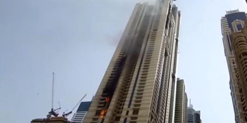 Opnieuw grote brand in wolkenkrabber Dubai