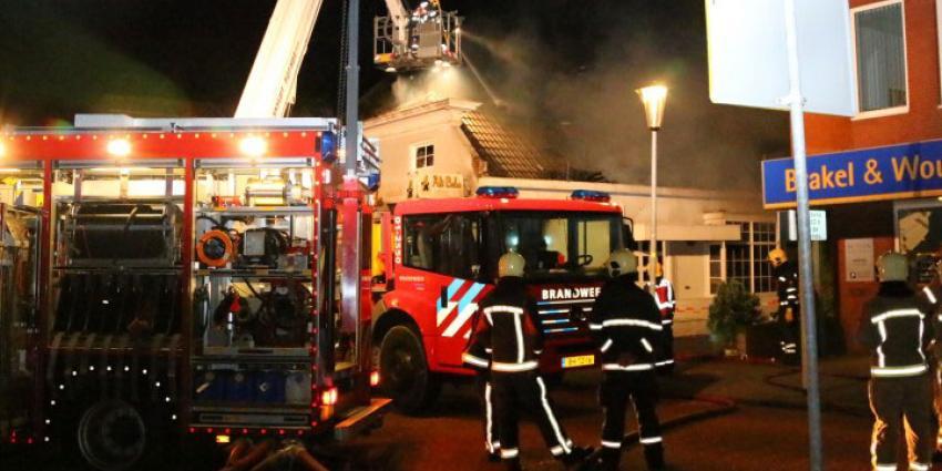 Uitslaande brand in eetcafé Veendam