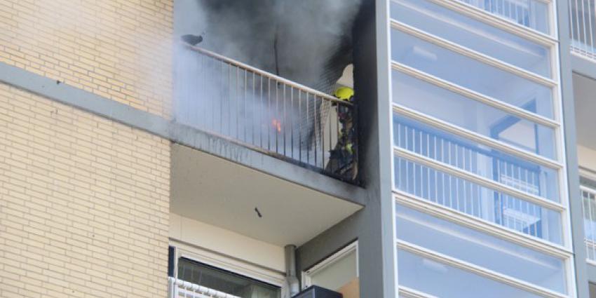 Veel schade na uitslaande brand in flat Schiedam