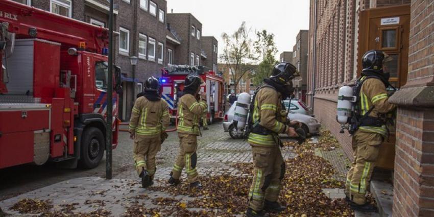Lichtgewonden bij brand in gebouw voor begeleid wonen