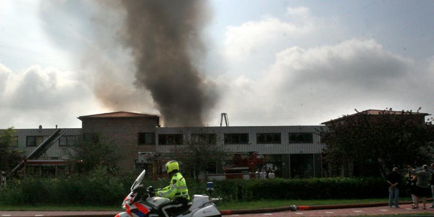 Grote brand op bedrijventerrein Uithoorn