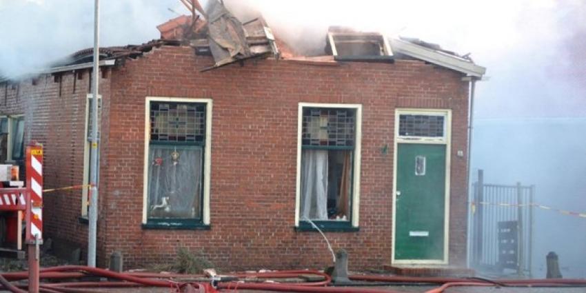 Brand verwoest woning in Nieuwe Pekela