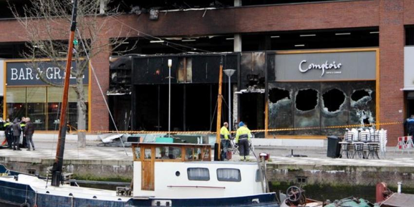 Enorme schade na explosie en brand Loungebar Comptoir in  Rotterdam