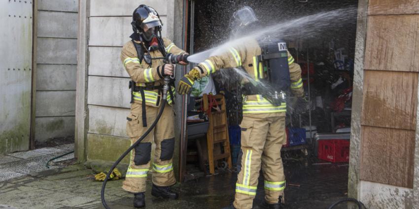 Mogelijk asbest vrijgekomen bij schuurbrand in Schiedam