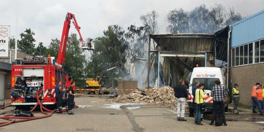 NL-Alert voor omwonenden zeer grote brand Eindhoven