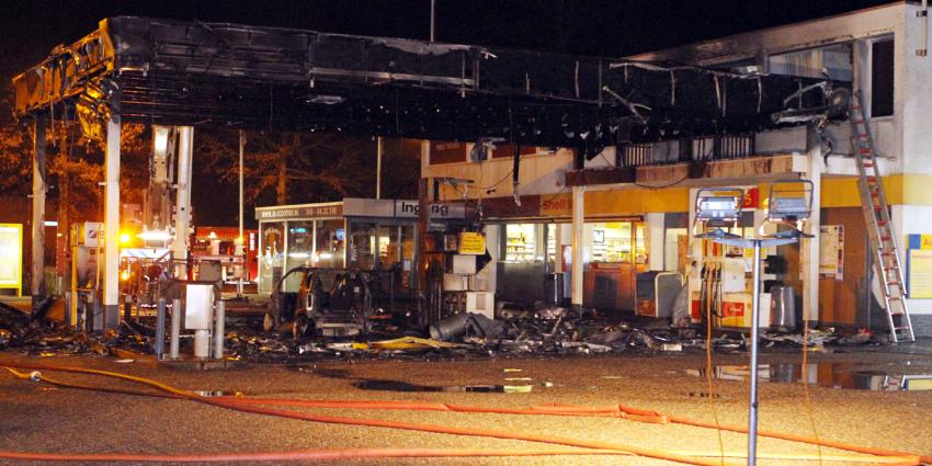 foto van brand shell station | Hendriks Multumedia