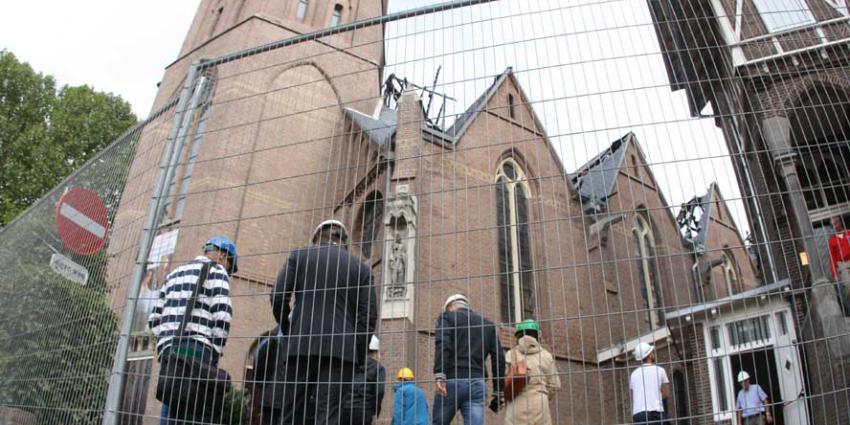Onderzoek verwoestende brand kerk Amstelveen van start