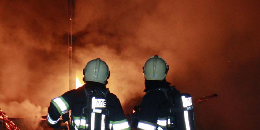 Hooibalen in brand in Bergen op Zoom