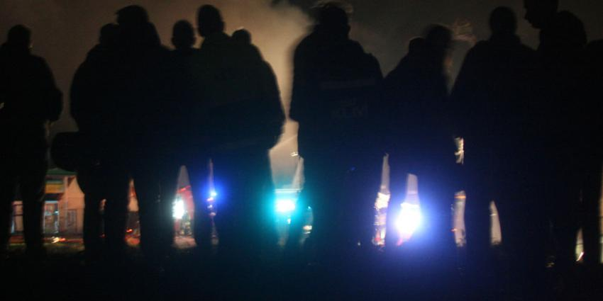 Persoon vermist bij grote brand in het Friese Sint Nicolaasga