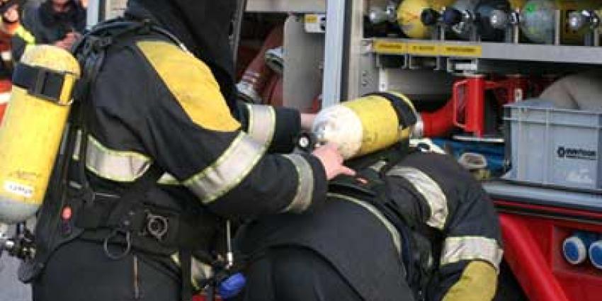 Foto van brandweermannen met perslucht | Archief EHF
