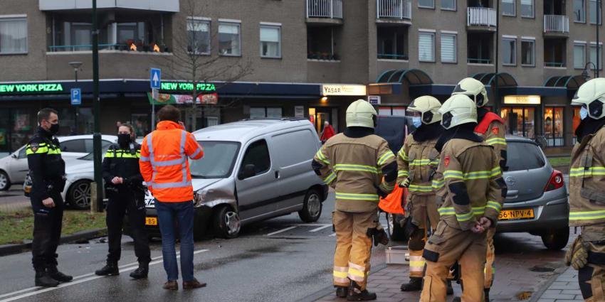 brandweermannen-agenten-aanrijding