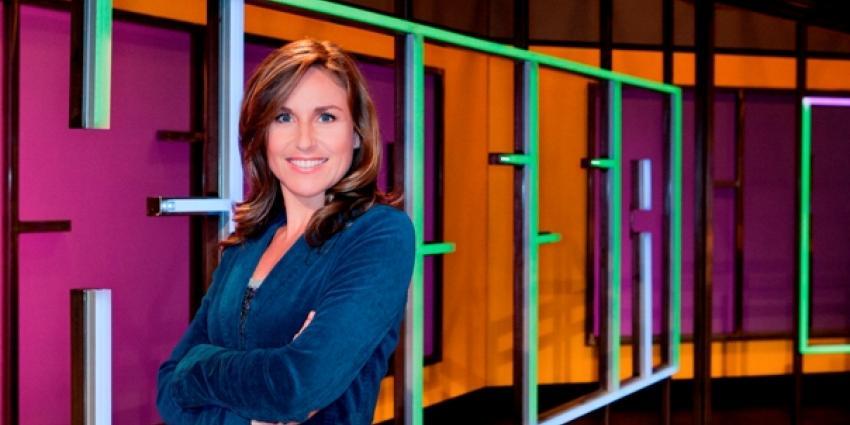 Presentatrice Brecht van Hulten programma Kassa | Taco Smit
