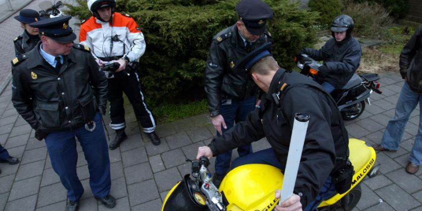 Bromfietser rijdt 65 km/u te snel