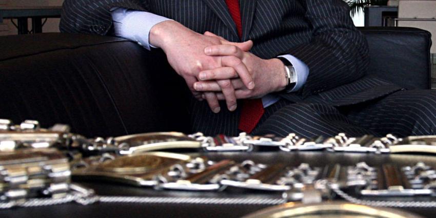 Aanhouding voor lekker informatie benoeming burgemeester Den Bosch