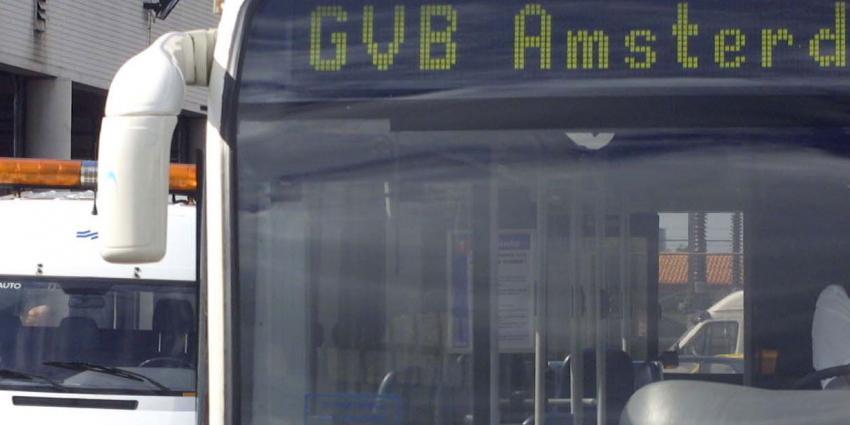 Stadsbussen in Amsterdam beschoten