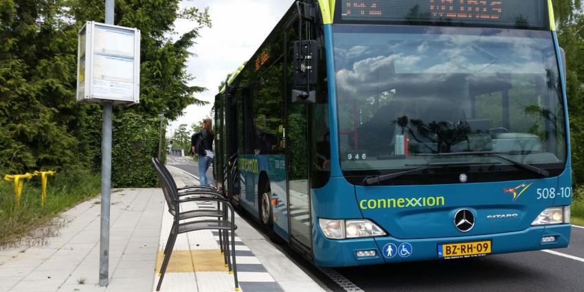 Arrestatie voor vernieling bus in Almere
