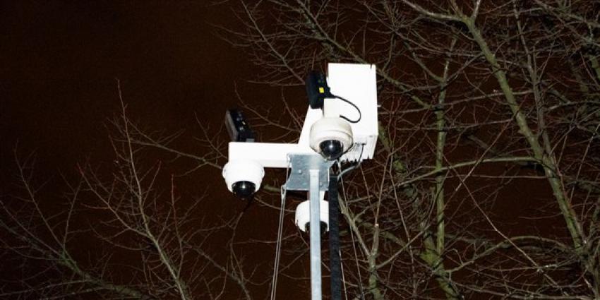 Brandstichting bij cameramast in Vlaardingen