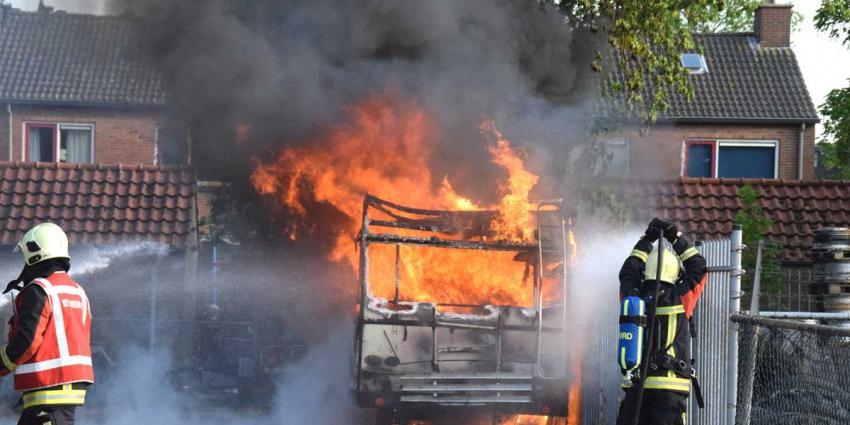 Camper in Hoogeveen compleet uitgebrand