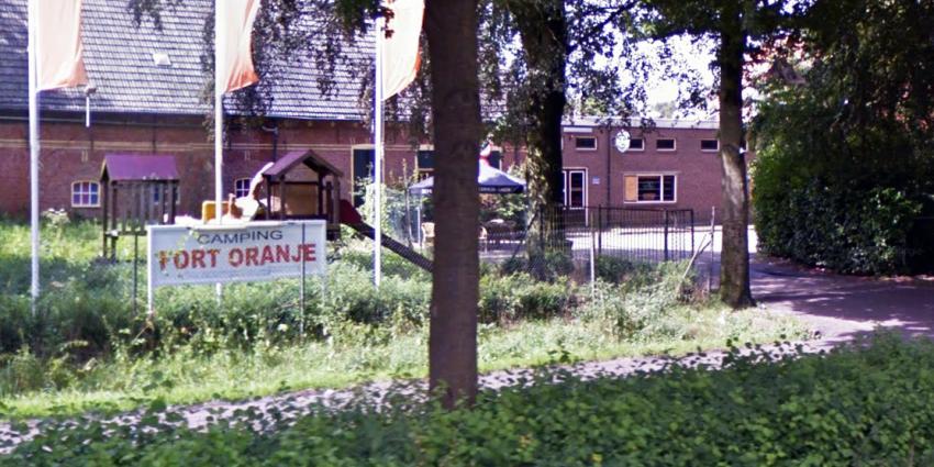 Gemeente gaat maandag camping Fort Oranje ontruimen