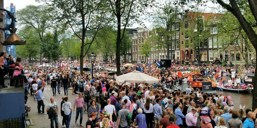 Kleurrijke Canal Parade trekt door hartje Amsterdam