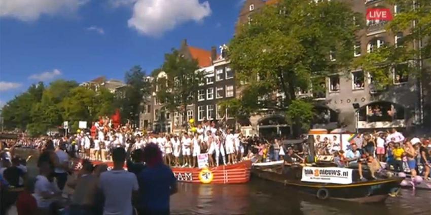 Druk in Amsterdam voor Canal Parade