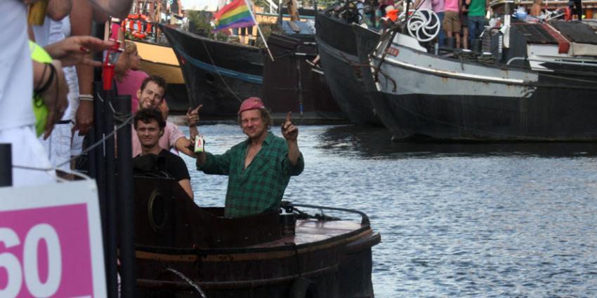 Stapvoets voor boten in Amsterdamse grachten