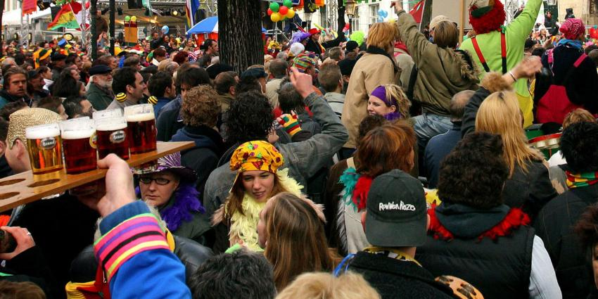 Rode Kruis adviseert warme kleding tijdens koud carnaval