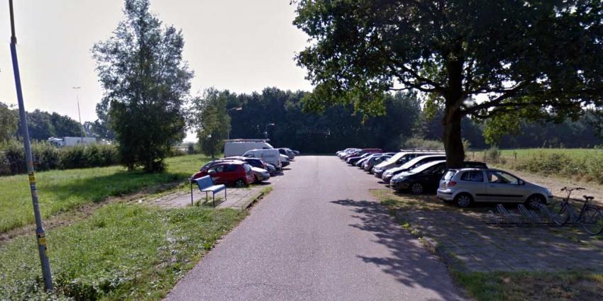 Man op carpoolplaats in Vaassen door misdrijf omgekomen