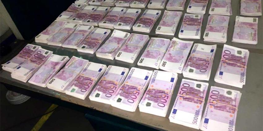 Daling aantal valse eurobiljetten in Nederland