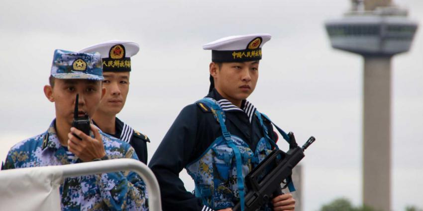 chinees-marine-vuurwapen-euromast
