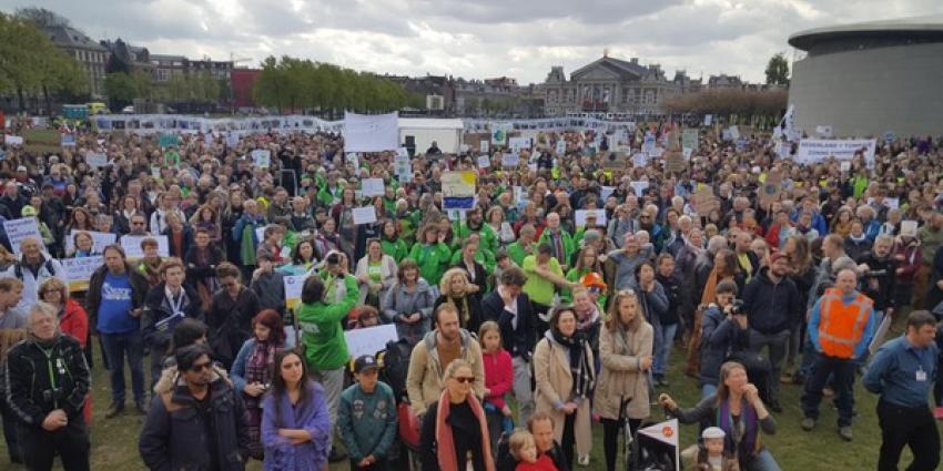 Honderden mensen op de been voor de People´s Climate March: tocht tegen de klimaatverandering