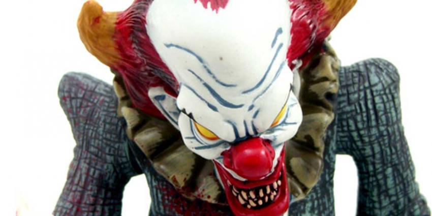 Duitse jongen (14) steekt terror-clown neer die 16-jarige plaatsgenoot blijkt te zijn