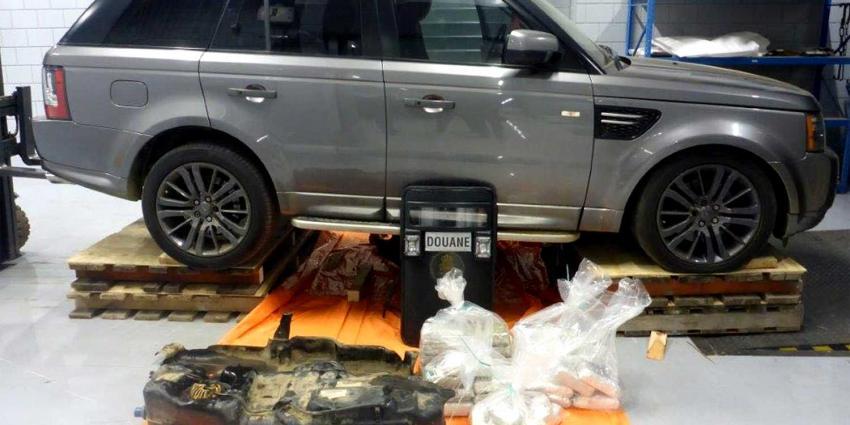 Douane vindt 42 kilo cocaïne in tank van luxe Range Rover