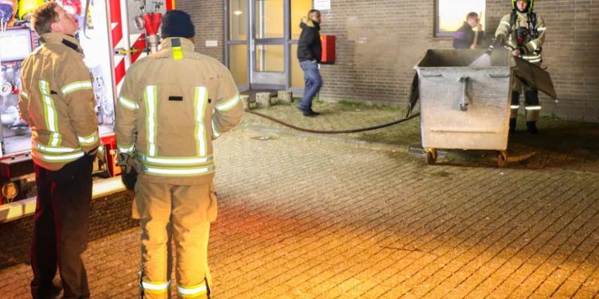 Brand in containerruimte Vlaardingen