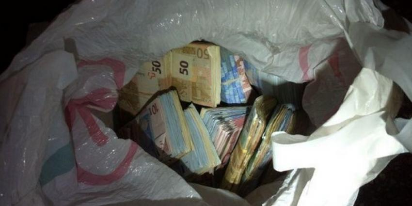 Bijna 90.000 euro gevonden na wilde achtergvolging