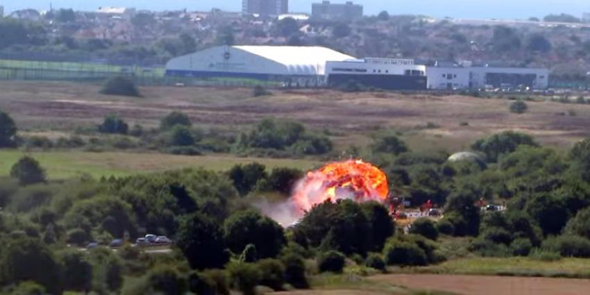 Geen slachtoffers onder gecrashte straaljager in Shoreham