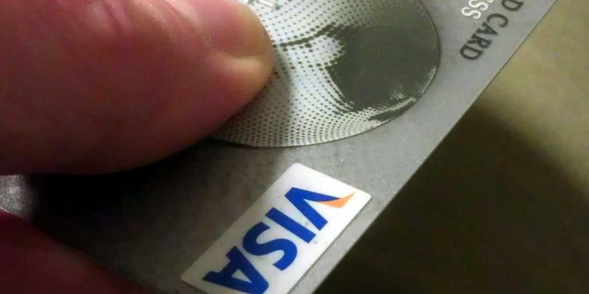 Bijna 4 op de 10 Nederlanders slachtoffer fraude bankpas of credicard