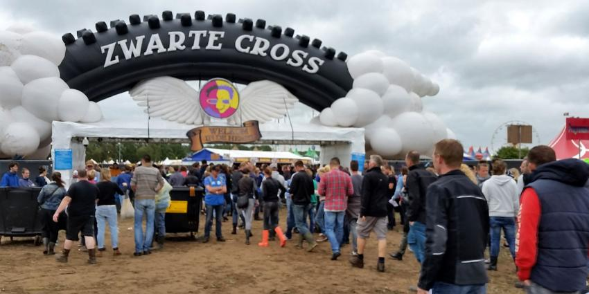 Nederlandse festivals gaan zwefafval op festivalterreinen en -campings aanpakken