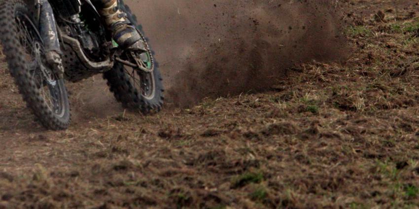 crossmotor-modder-gras
