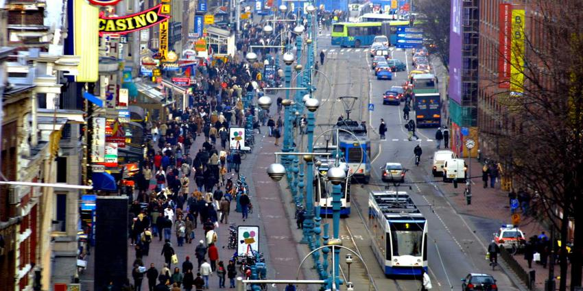 GroenLinks, BIJ1 en DENK willen Stadspas voor illegale Amsterdammers