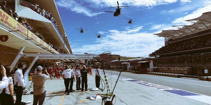 Missing man-formatie boven Formule 1